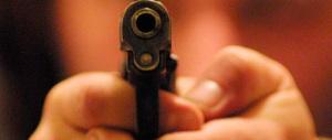 Rapinatore seriale incastrato dal tatuaggio: arrestato a Roma