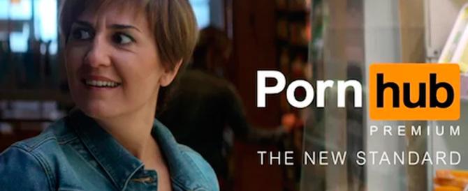 Il Parmigiano Reggiano nello spot del porno. E il Consorzio s'infuria (Video)
