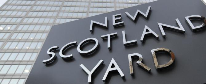 Quattro vittime e 40 feriti a Londra (di cui 2 italiani). Stanotte blitz a Birmingham