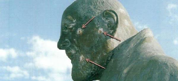 Spara contro la statua di San Pio mirando al volto: «Volevo divertirmi»