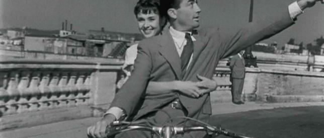 Tour in vespa come Audrey Hepburn: ma si pagavano ben 300 dollari