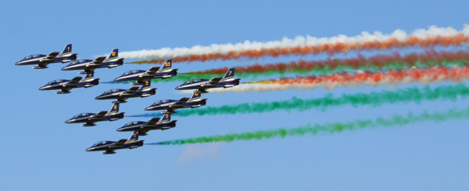 Frecce Tricolori, grande festa aerea per il loro 55° anniversario