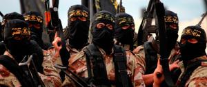 L'Isis minaccia i profughi: «Chi abbandona l'Islam commette peccato grave»