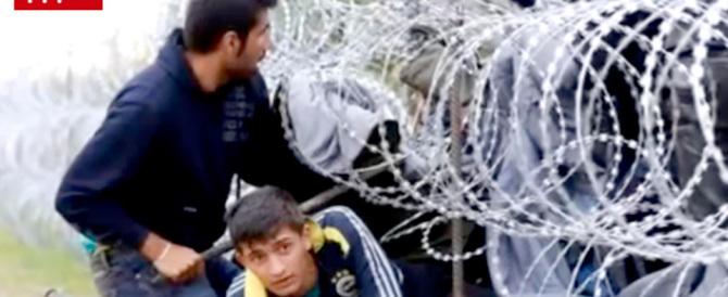 """""""Non vogliamo migranti da Italia e Grecia"""". Il governo (di sinistra) ceco chiude le frontiere"""