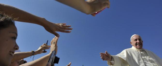 Papa Francesco apre ai Lefebvriani: «Dobbiamo recuperarli»