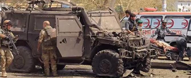 """Dopo la strage dei parà scrisse """"a Kabul -6"""": milanese a processo"""