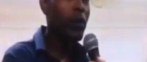 """Il migrante si lamenta: """"Dall'Italia accoglienza di merda"""" (video)"""