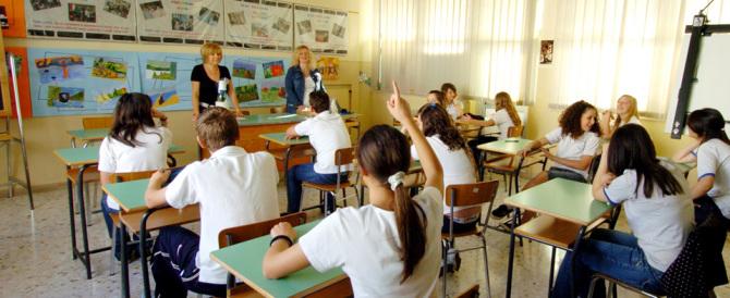 Belgio, scuole difese dai militari. Il ministro Giannini: «In Italia non serve»