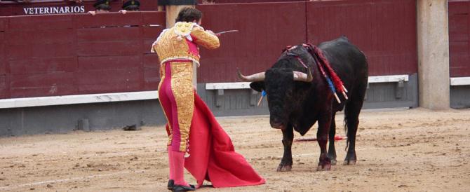 """""""Viva la corrida, voi rinnegate la Spagna"""": la sfida del torero agli animalisti"""