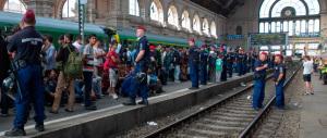 Orban accusa: Europa irresponsabile, aiutiamo i migranti nei loro Paesi
