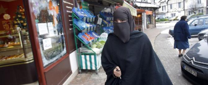 Al via la raccolta firme in Svizzera per vietare il burqa