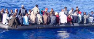 Sospeso il console francese in Turchia: vendeva gommoni ai profughi
