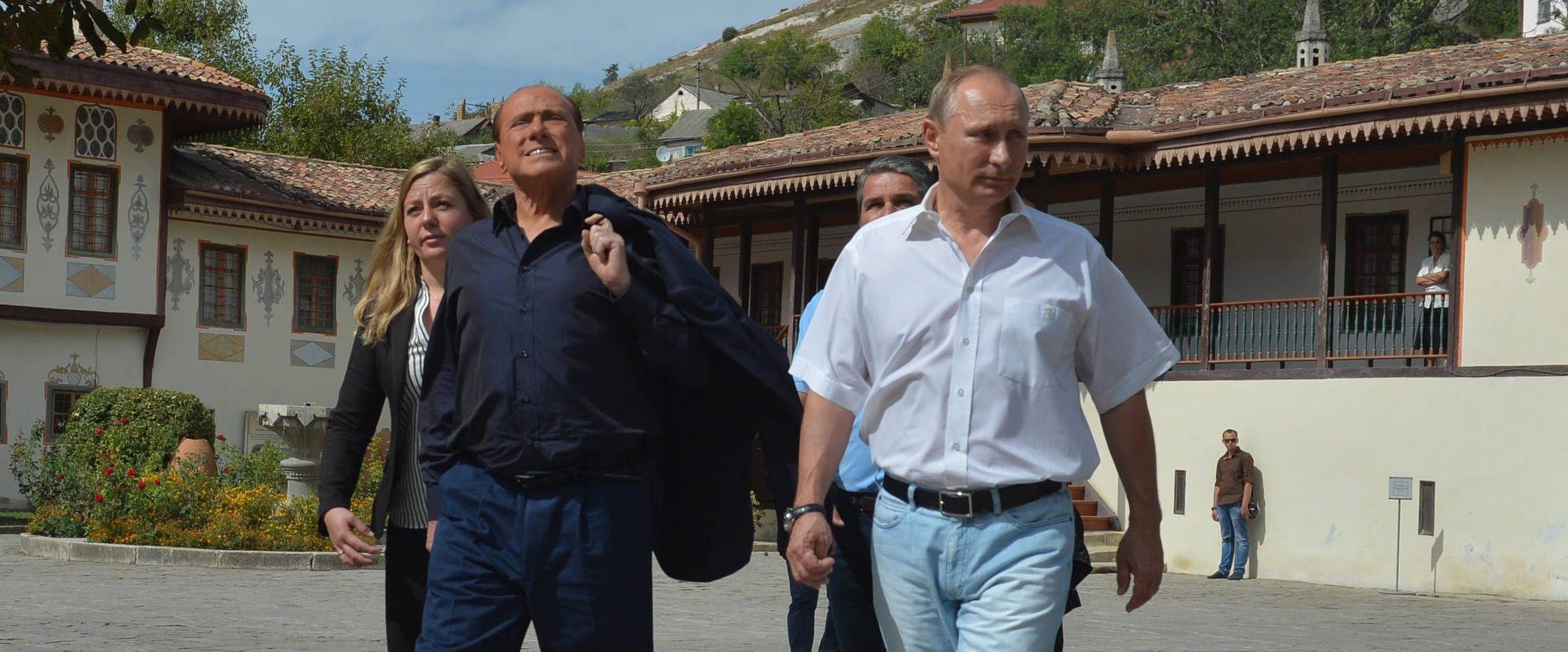 Putin e Berlusconi in Crimea