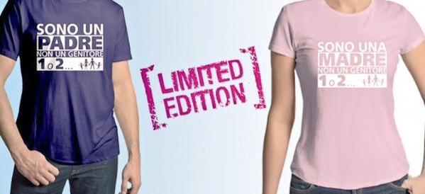 """C'è la t-shirt no gender: solo padri e madri, non genitori """"numerati"""""""