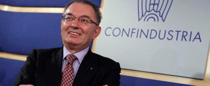 Lo dice anche Squinzi: «Renzi pensi prima agli italiani e poi agli immigrati»