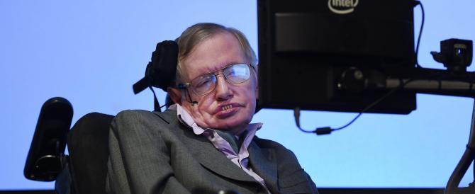 La profezia di Hawking, il super-scienziato: «Ci salveremo solo lasciando la Terra»