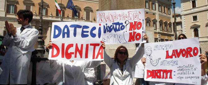 I medici pronti alla protesta: «Palazzo Chigi gioca con la salute della gente»