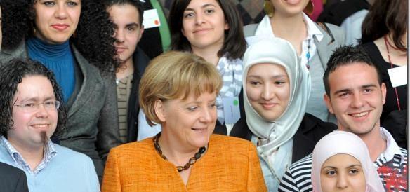 Passo indietro della Merkel: norme più restrittive sugli ingressi dei migranti