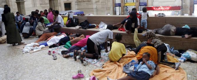 Immigrati, ondata senza fine. La Ue ne vuole ricollocare 120mila
