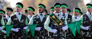 Usa-Iran, doccia fredda dai Pasdaran: «L'America rimane il Grande Satana»