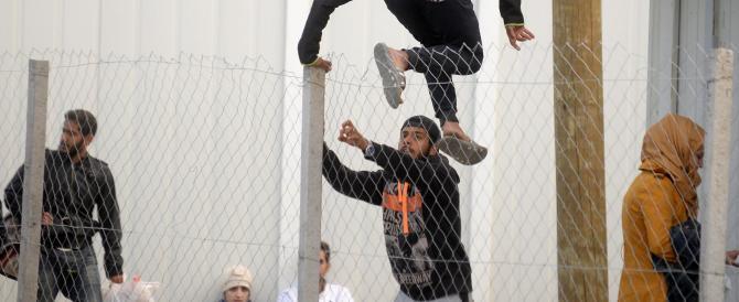 I profughi e la rotta balcanica. Orban: prioritaria la difesa delle frontiere