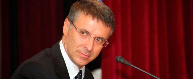 Cantone: a Roma illeciti sistematici. E Marino si difende accusando il Pd