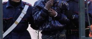 «Ti mangio vivo»: un rifugiato nigeriano aggredisce un carabiniere in treno