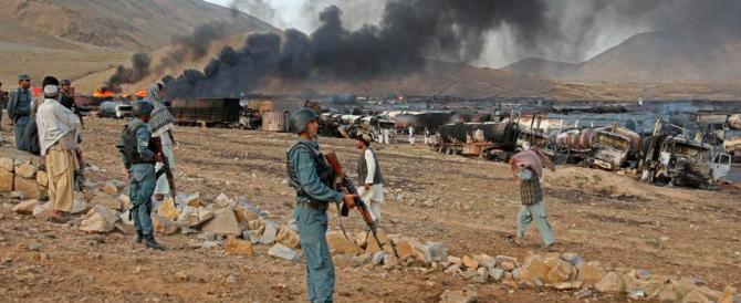 Afghanistan, kamikaze talebani attaccano e liberano oltre 350 detenuti