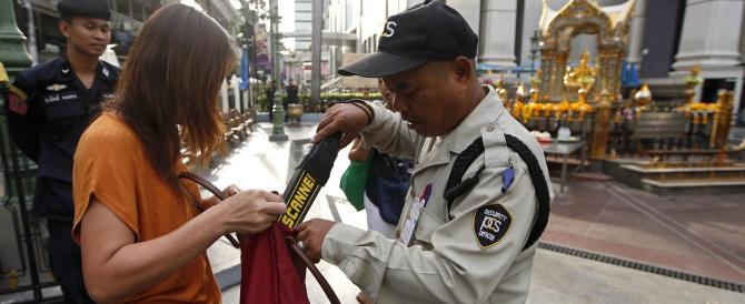 Bomba a Bangkok, dopo un mese di caos, la polizia annuncia: caso risolto