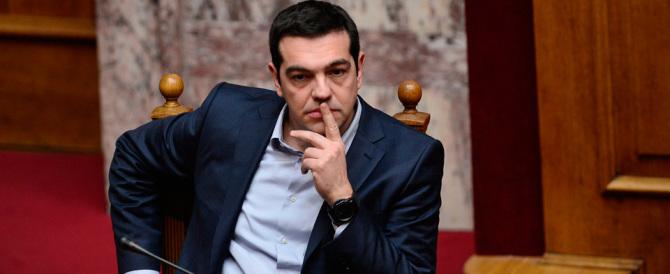 Medici in fuga dalla Grecia. Appello di Tsipras: non lasciate il Paese