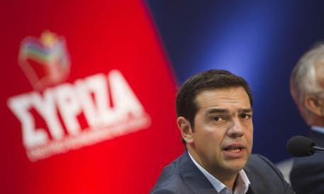 """In Grecia la democrazia avanza perché """"ha vinto Tsipras"""". La verità è un'altra"""