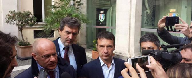 Rampelli: Roma ostaggio del Pd. C'è un accordo segreto tra Renzi e Marino