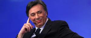 Il grillino Freccero rivaluta Berlusconi: «È vivo, mentre Renzi è già finito…»