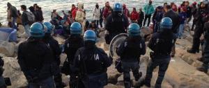 Lo dice anche Frontex: «Italia invasa dai migranti, non può farcela da sola»