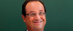 Hollande si gioca l'ultima carta: agenti con microtelecamere nelle banlieue