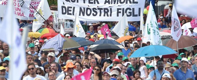 Bagnasco si schiera contro le unioni civili e a favore del Family day