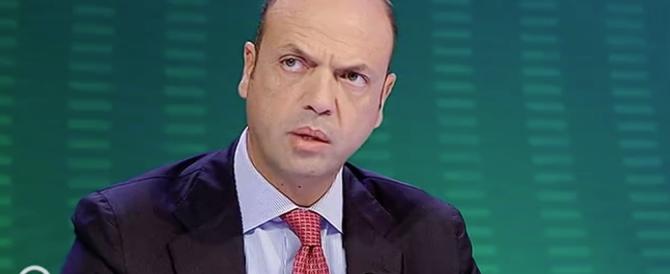 Alfano: «Nessun migrante ha l'Ebola». E subito spunta un caso a Genova