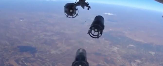 On board camera: sul Mig russo che bombarda l'Isis (Video)