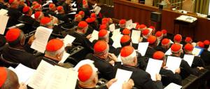 Sinodo, giallo sulla lettera di tredici cardinali al Papa: in 4 smentiscono