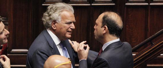 Ecco il piano di Alfano, Monti, Verdini: Balena bianca al voto insieme a Renzi