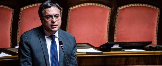 """L'ultima accusa a Marino è di Augello: «La sua onlus """"Imagine"""" evadeva la Tari»"""