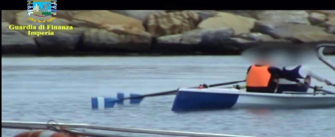 Assenteismo, 200 indagati a Sanremo. C'era chi andava in canoa e chi in mutande (video)