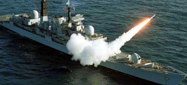 Siria, Mosca lancia i missili dalle navi del Mar Caspio. Putin: bene così