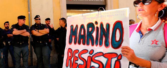 Vendetta, tremenda vendetta: adesso Marino vuole incenerire Renzi e il Pd