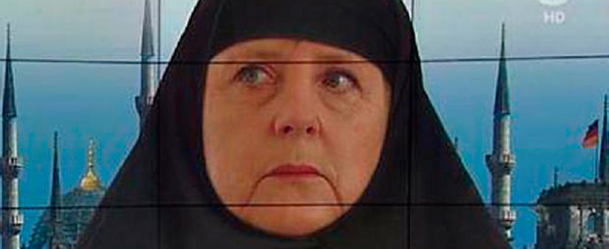 La Merkel con lo chador: scherza la tv pubblica tedesca. Può farlo, non è la Rai