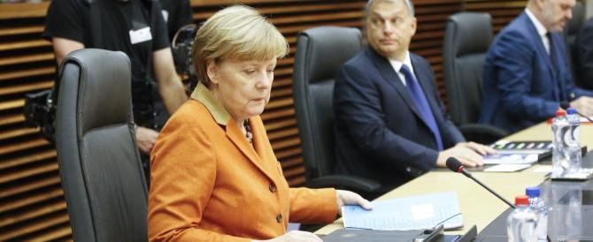 La Merkel sprofonda e perde voti a valanga: «Sui migranti hai sbagliato tutto»