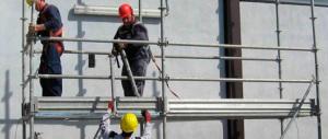 Ancora morti sul lavoro: nel casertano due operai cadono da un'impalcatura