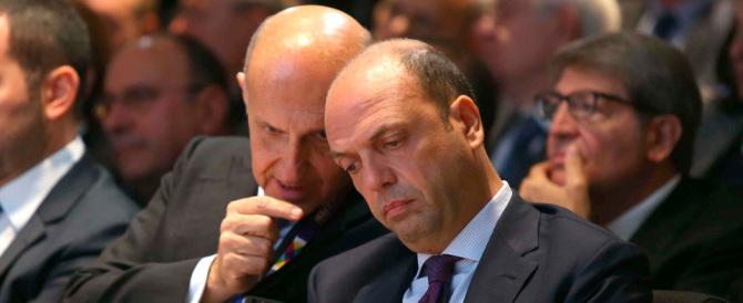 Ncd, se ne vanno altri 50: «Alfano addio, tieniti stretti Renzi e la Boschi»