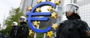 Italiani insoddisfatti dell'Euro: per 3 su 4 la moneta unica è uno svantaggio