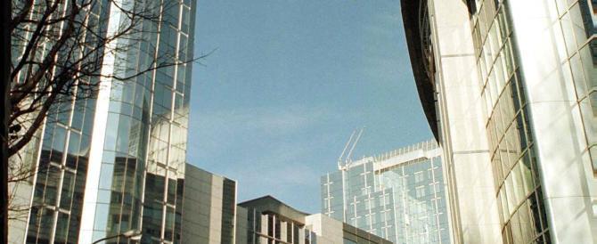 """Finanziaria al vaglio della Ue. Dubbi di Bruxelles sulle """"spese per i rifugiati"""""""